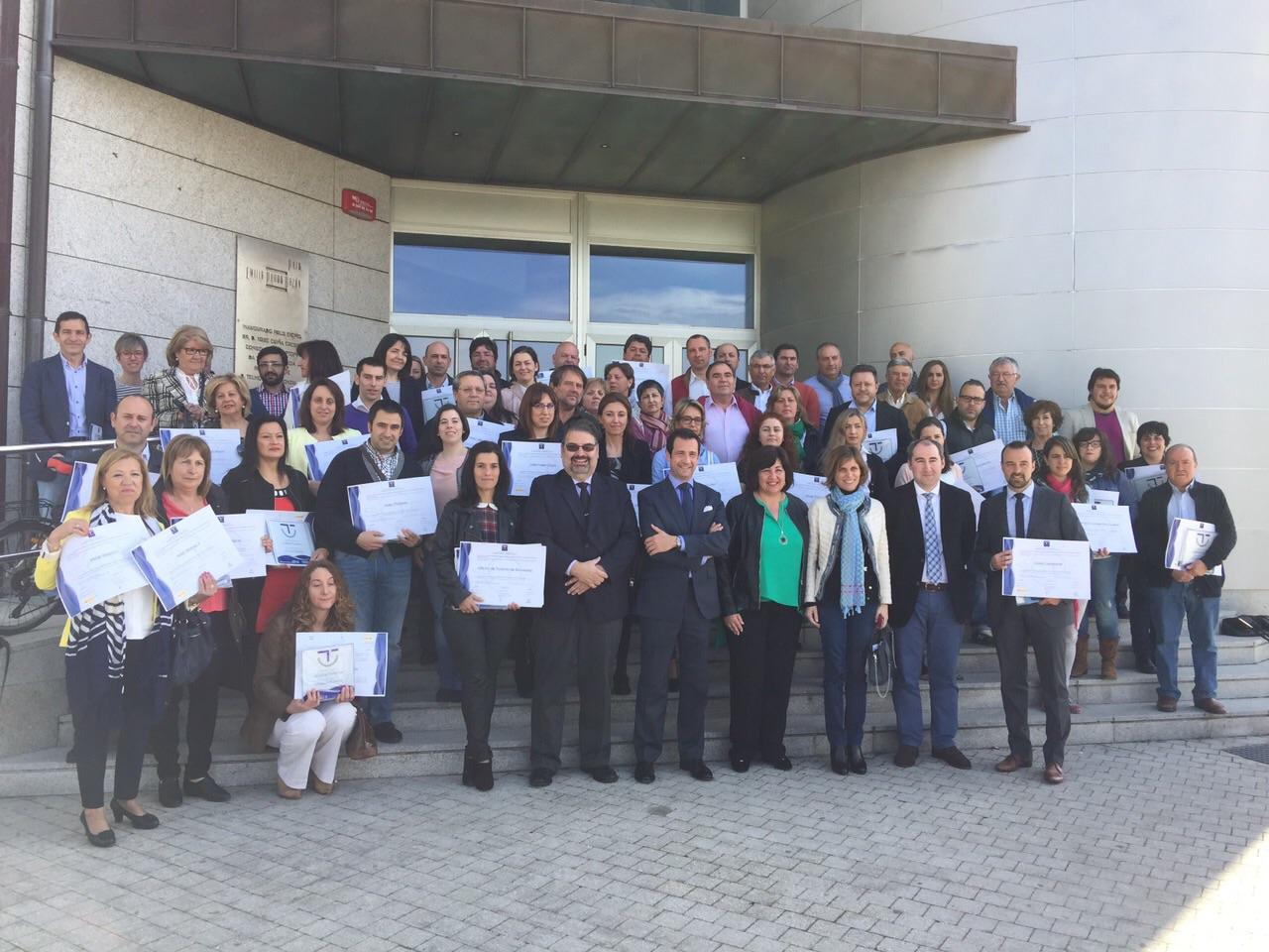 72 establecimientos de Sanxenxo recibieron los distintivos SICTED 2015-2016 como aval de calidad en sus servicios y gestión