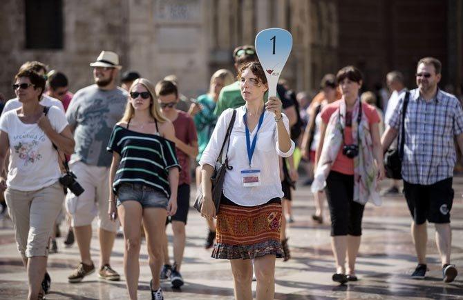 Convocadas as probas de habilitación de guías turísticos especializados de Galicia