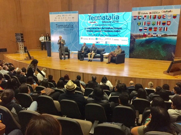 "[:es]""Naturalmente saludable"", lema de la edición mexicana de Termatalia""Naturalmente saudable"", lema da edición mexicana de Termatalia""Naturally healthy"" slogan of the Mexican edition of Termatalia"