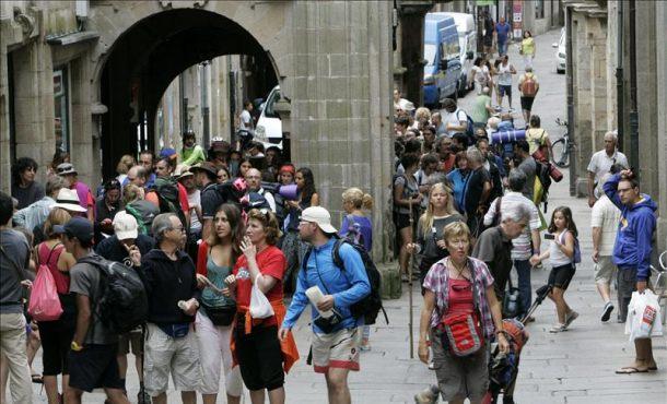 Galicia supera ya los 4.4 millones de viajeros en 2015, con un gran crecimiento de los apartamentos turísticos