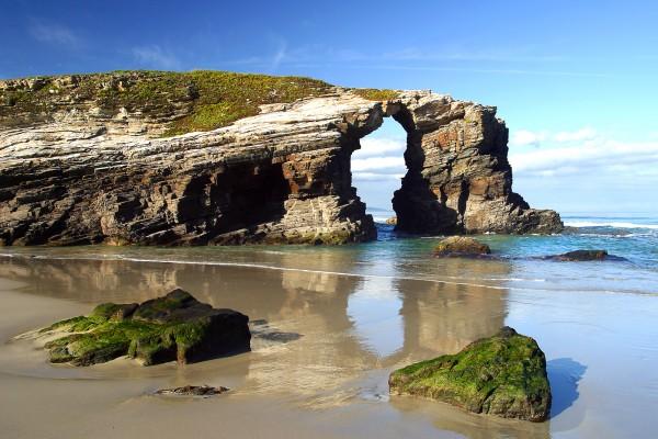 [:es]Galicia lidera la estrategia europea que impulsará el uso turístico sostenible del Patrimonio CulturalGalicia lidera a estratexia europea que impulsará o uso turístico sustentable do Patrimonio CulturalGalicia leads the European strategy to promote sustainable tourism use of cultural heritage