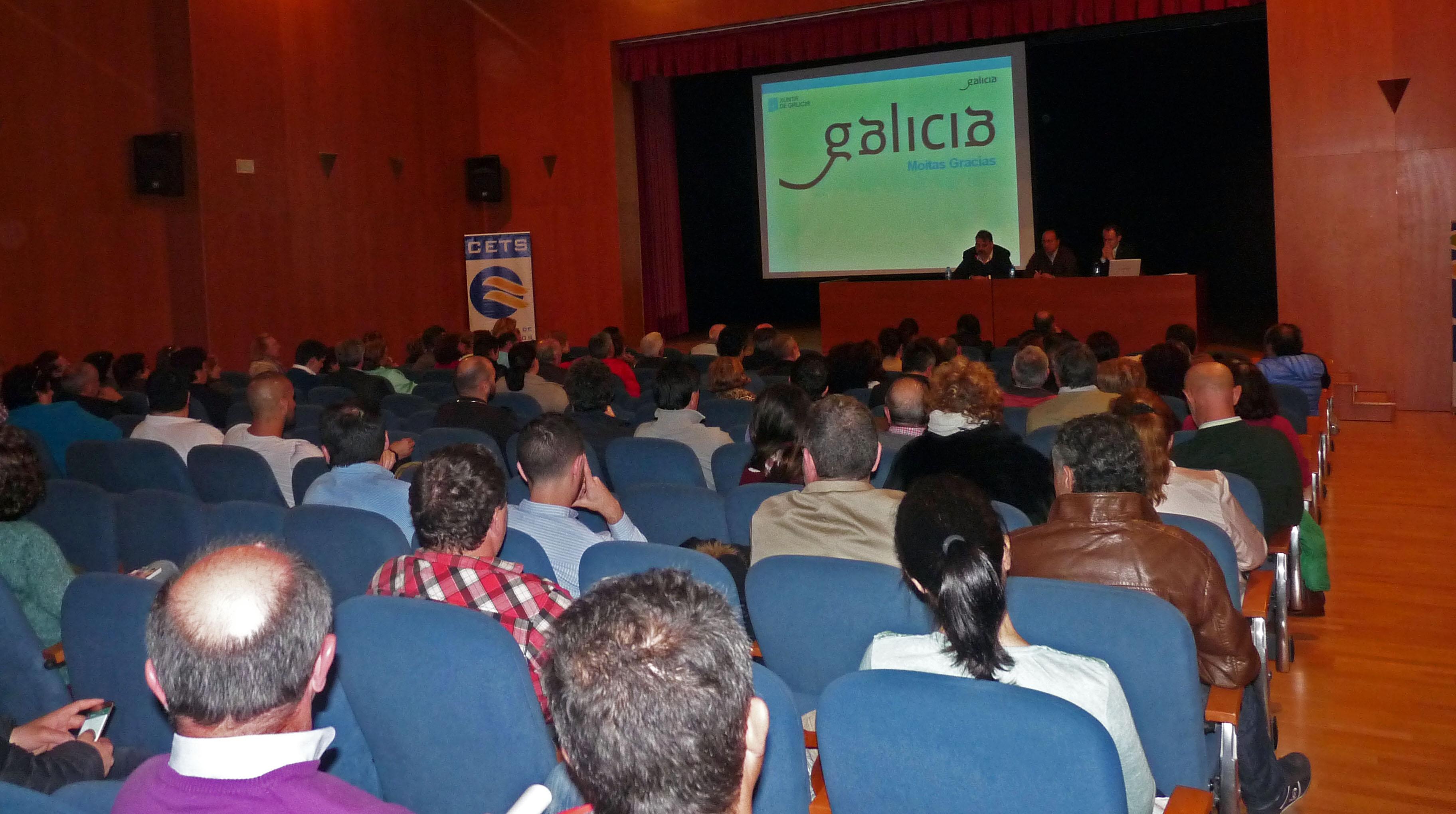 [:es]Sanxenxo acogió una charla informativa sobre las viviendas de uso turísticoSanxenxo acolleu unha charla informativa sobre as vivendas de uso turísticoSanxenxo hosted a briefing on tourist use housing