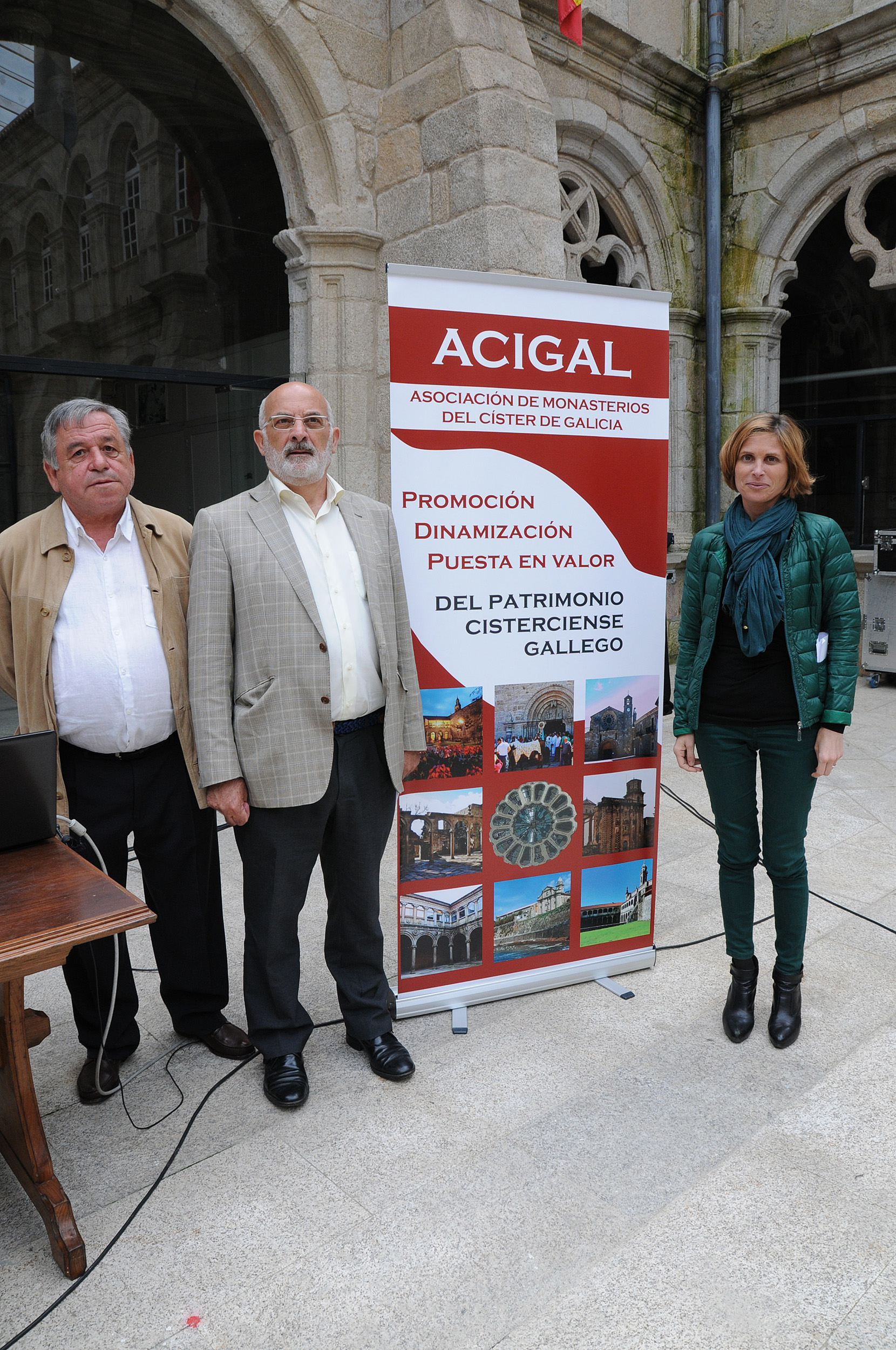 [:es]Los monasterios cistercienses gallegos trabajan para la construcción de su propio itinerario cultural europeoOs mosteiros cistercienses galegos traballan para a construción do seu propio itinerario cultural europeoCistercian monasteries Galicians work for building their own European cultural route