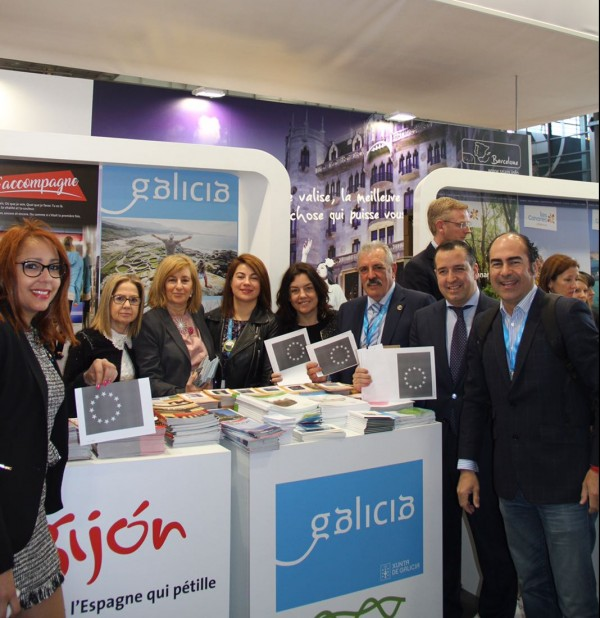 [:es]Participación gallega en el Salón Mundial de ParísParticipación galega no Salón Mundial de ParísGalician participation in the World Salon of Paris