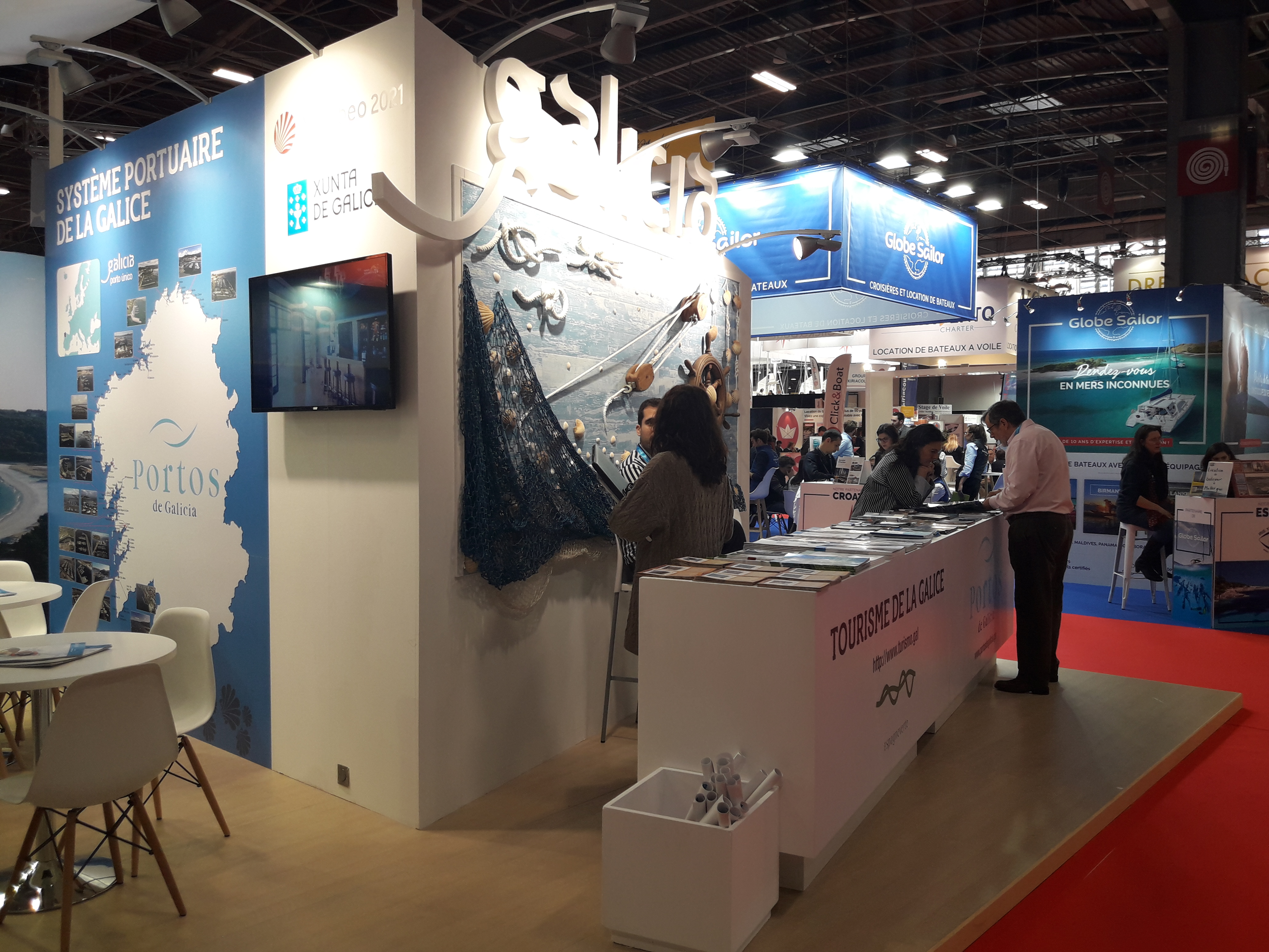 The association of Galician Yacht Clubs (ASNAUGA), present at the Paris International Boat Show